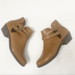 Forever 21 Double Buckle Tan Boots Size 5.5